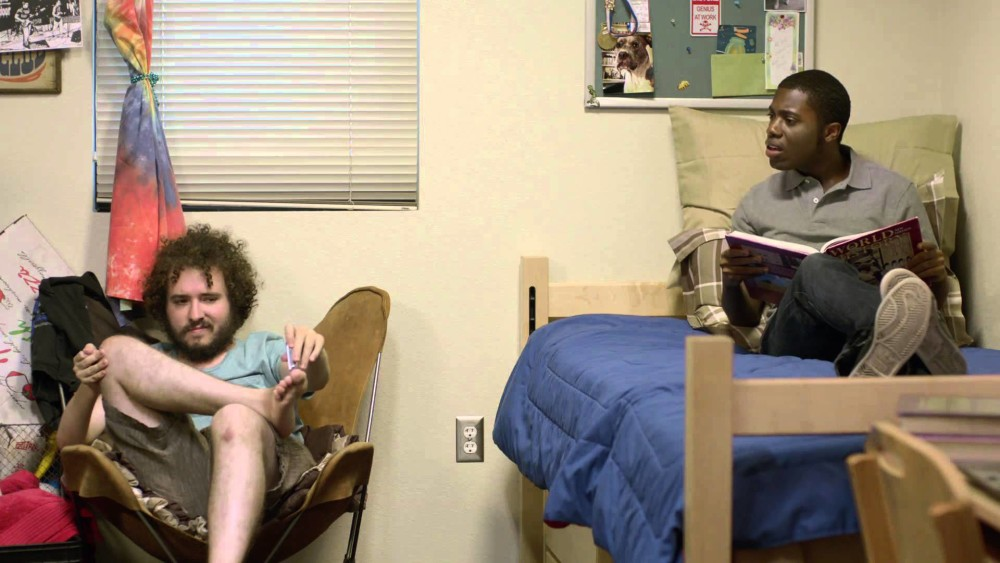 why living in a college dorm is important college tips 10 tips for getting along your college roommate