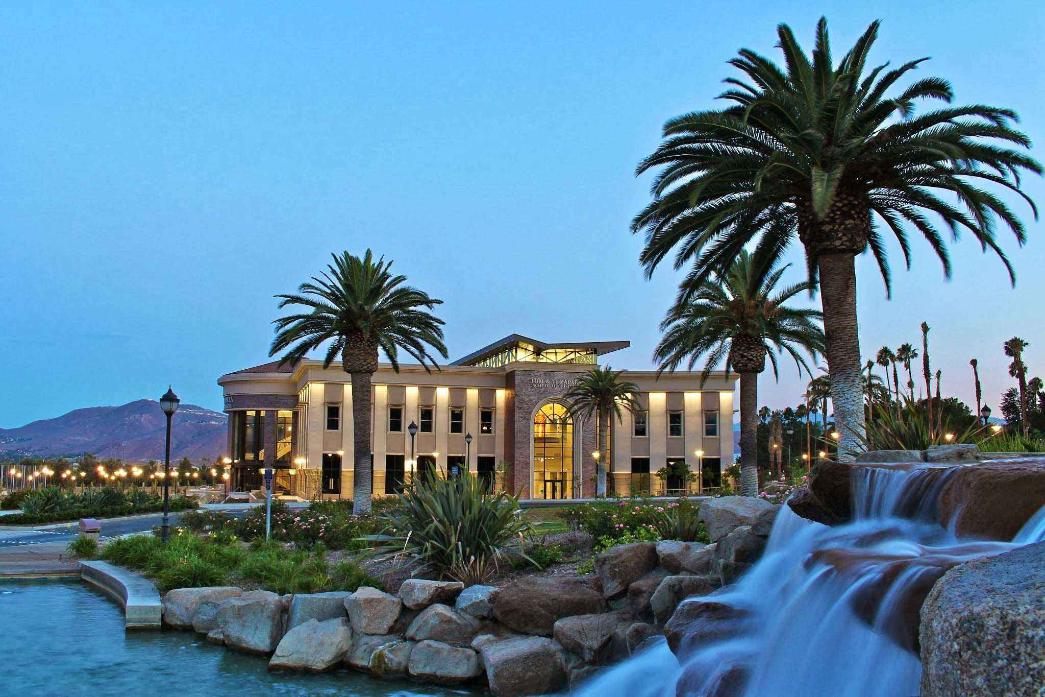 Fashion And Design Colleges In California