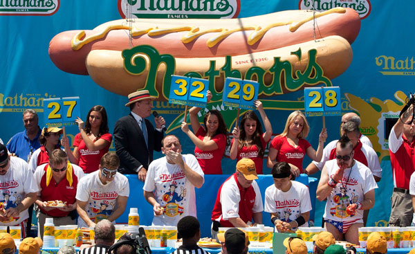 hot dog eating contest