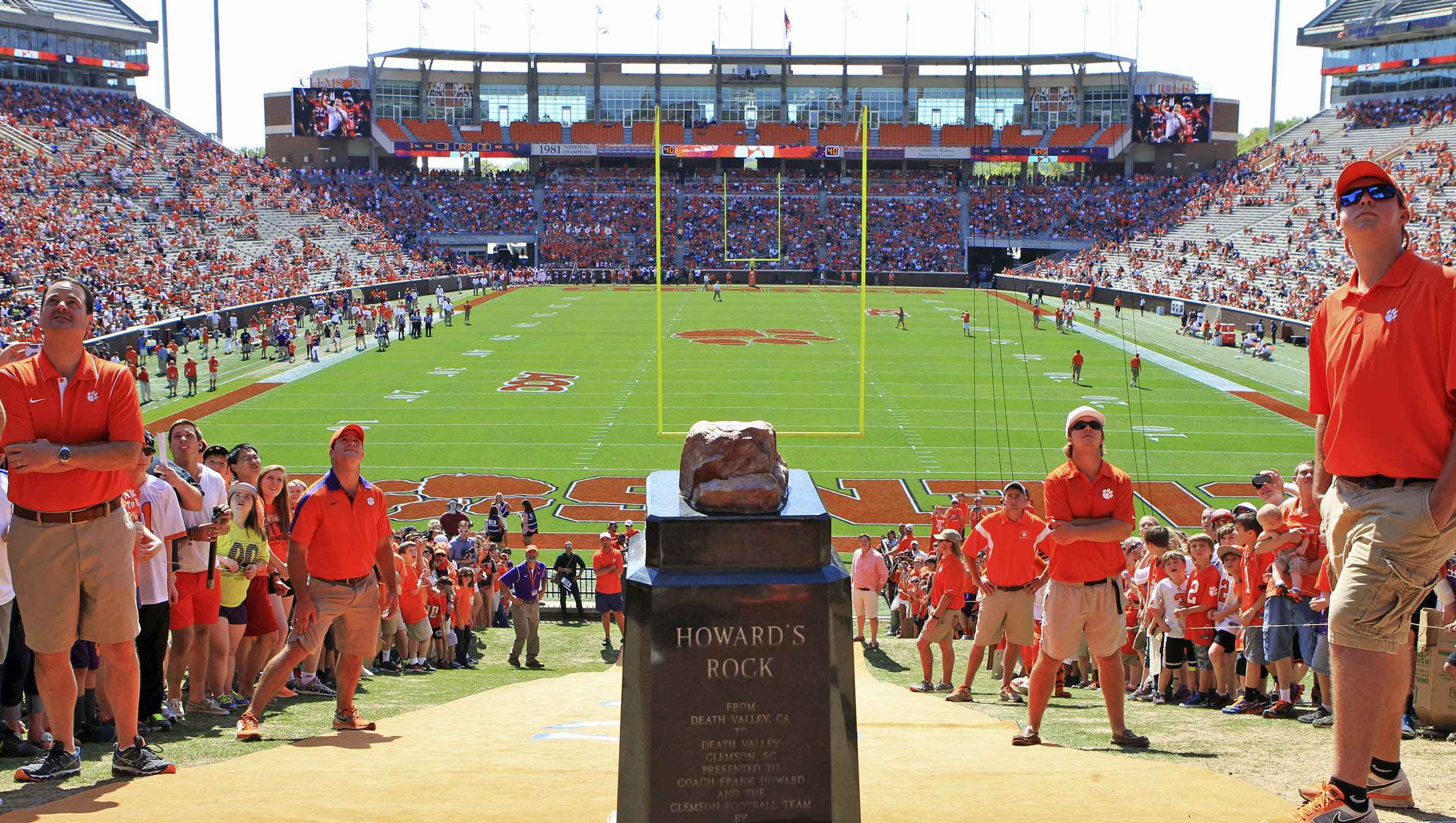 College Traditions Clemson University S Howard S Rock College Tips Blogs It S Nacho Howard's rock is a large piece of quartzite that is displayed in clemson university's memorial stadium. college traditions clemson university