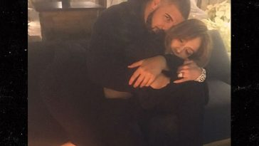 j-lo-and-drake-take-late-night-picture-photo.jpg