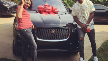 watson, fournette buy new cars for their mom