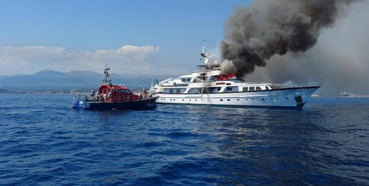 128 foot yacht caught on fire next to Nice airport!