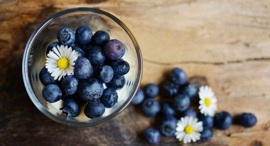 6 Best Foods to Boost Your Brain and Memory blueberries