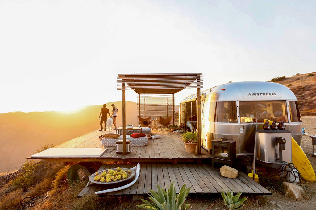 Craziest Airbnb Listings For 2018