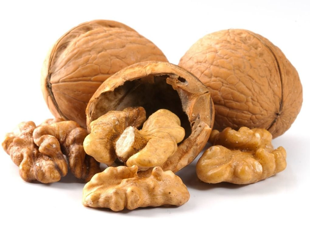 Foods That Will Help You Look Younger walnuts