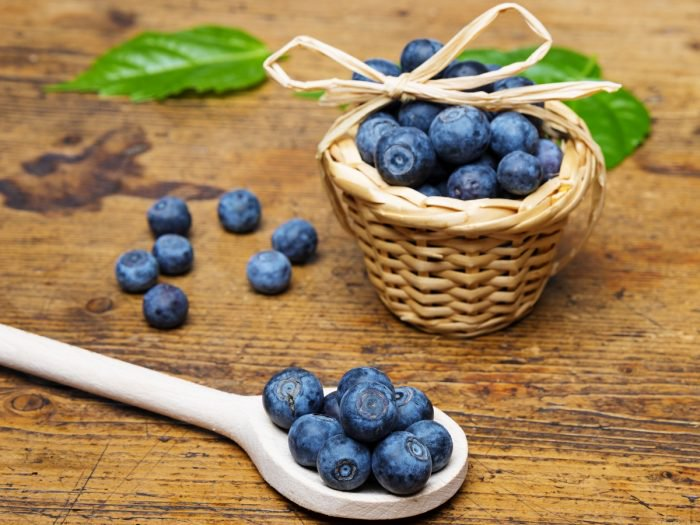 Foods That Will Help You Look Younger blueberries
