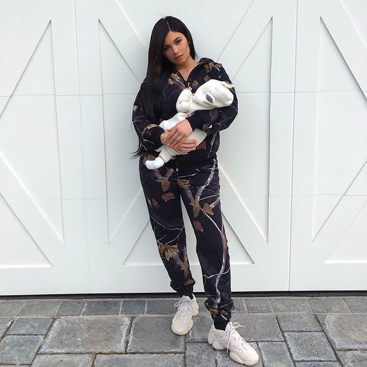 Check Out The Most Liked Pictures On Instagram Of All Times kylie jenner