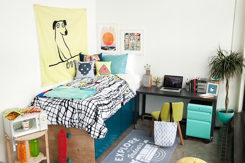 Tips To Make Your College Room Feel Like Home (1)