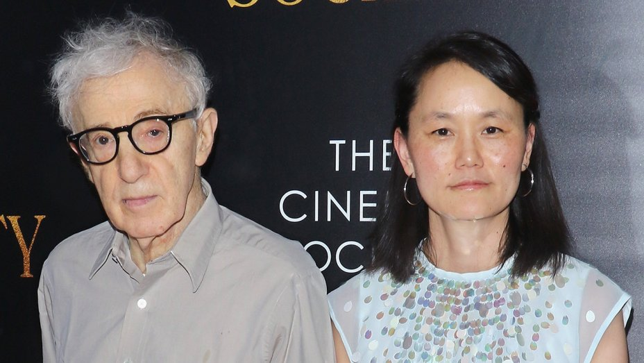 Male Celebrities Who Dated Significantly Younger Women woody allen soon-yi
