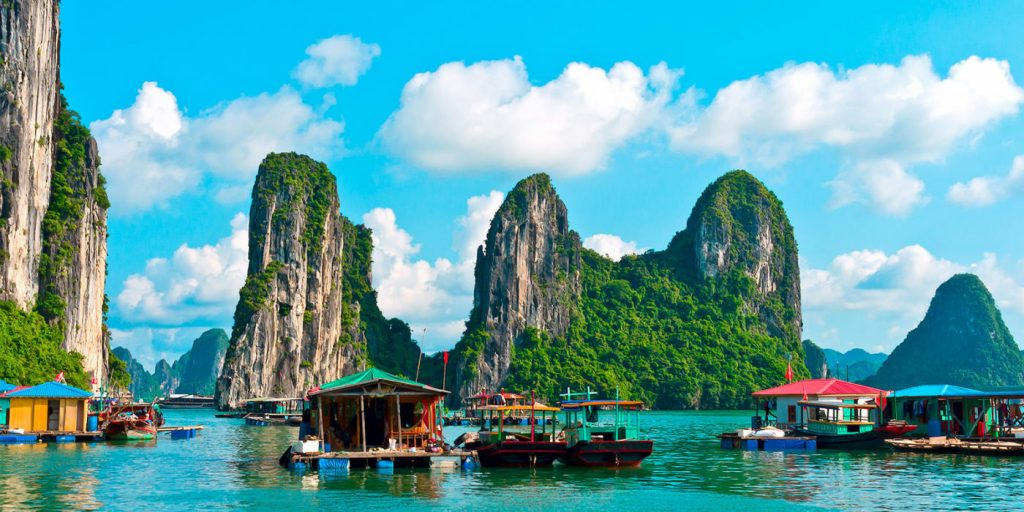 Must-Visit Amazing Locations In Southeast Asia ha long bay
