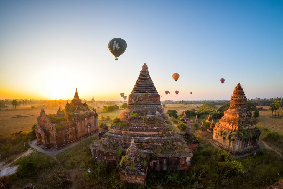 Must-Visit Amazing Locations In Southeast Asia bagan