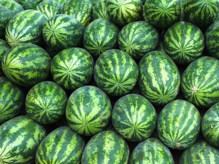 5 Foods You Should Never Store In The Fridge melons