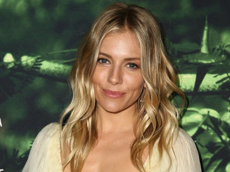 Celebrities That Have Been Cheated On sienna miller