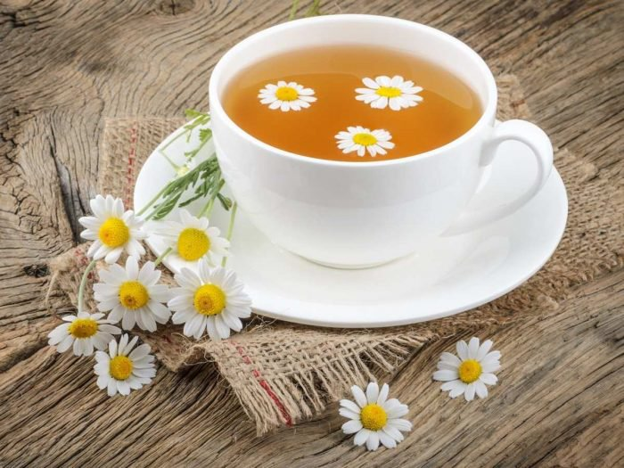 4 Foods To Eat Before Bed chamomile tea
