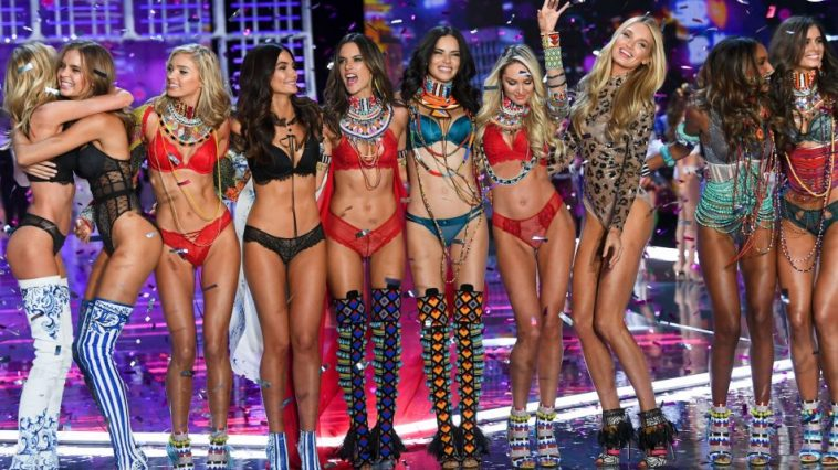 All You Need To Know About The 2018 Victoria's Secret Show (1)