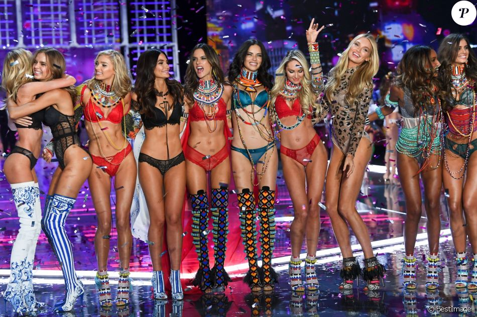 All You Need To Know About The 2018 Victoria's Secret Show (3)