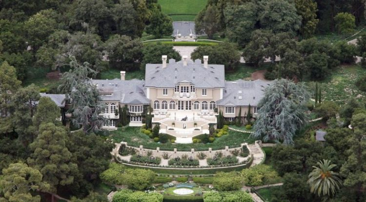 Check Out The Most Expensive Celebrity Homes oprah