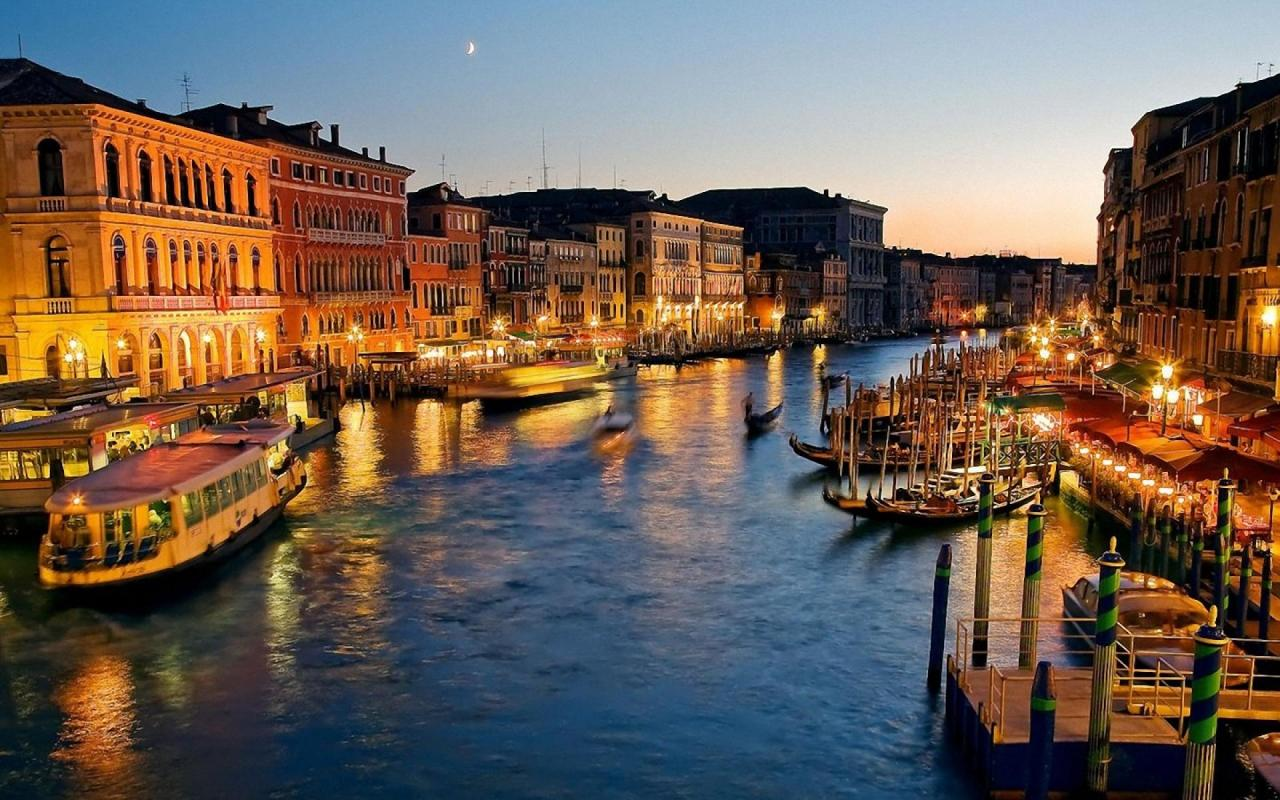 Stunning Waterfront Cities You Have To Visit venice