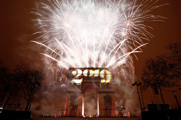 The Best New Year's Eve Celebrations For 2019 In The World paris